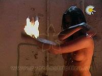 Звезда стриптиза MTV Кристина. Шоу с огнем